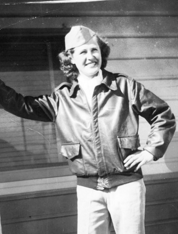 Jean McCart, one of Dot's (left) students, Flight instructor after WWII