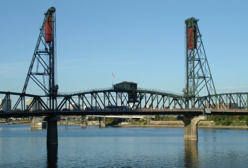 One of the 17 bridges of Portland
